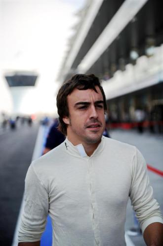 Fernando Alonso, en el trazado de Abu Dhabi.