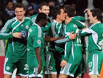 El Wolfsburgo celebra un gol