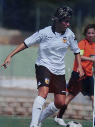 Marta Mateos durante un partido con el Valencia.