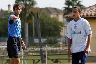 Orellana, junto a Ziganda en un entrenamiento del Xerez.