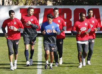 Cléber, Pablo, Raúl García, Ujfalusi y Perea trabajaron al margen.