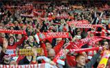 Afición del Liverpool en Anfield