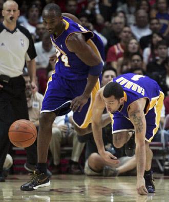 Kobe Bryant y Jordan Farmar