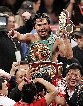 Manny Pacquiao celebrando su triunfo sobre Cotto