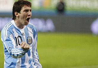 Messi celebra su gol ante España