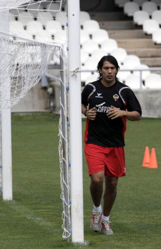 Ulloa, en une entrenamiento del Castellón.