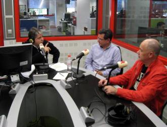 Miguel Ángel Méndez, Carlos Castresana y Alfredo Duro, durante un momento de la entrevista.