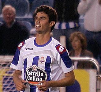 Juan Dom�nguez durante una partido con el Deportivo.