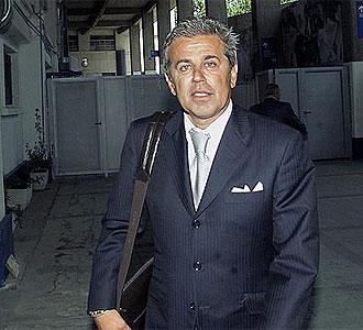 Zoran Vekic a la salida del Bernabéu