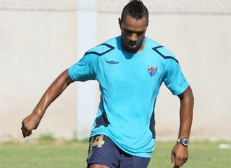 Hélder Rosario, durante un entrenamiento con el Málaga