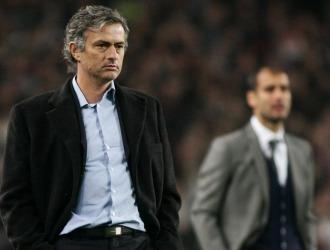 Mourinho, en la banda