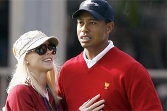 Tiger junto a su esposa, la ex modelo Elin Nordegren.