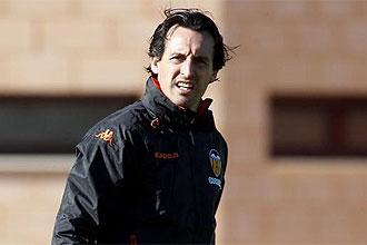 Unai Emery, t�cnico del Valencia, durante un entrenamiento