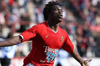 Serge N'Gal celebra un gol