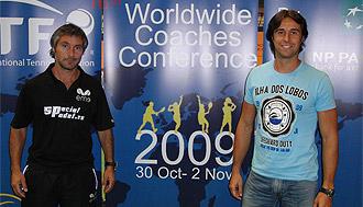 Miguel Sciorilli y Toni Mart�nez durante el ' Worldwide Coaches Conference' de Valencia.