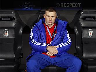Ignashevich, sentado en el banquillo