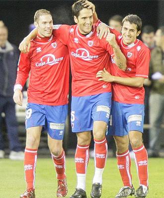 Los jugadores del Numancia celebran un gol en la última jornada ante el Cartagena