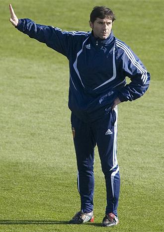 Marcelino dirige un entrenamiento