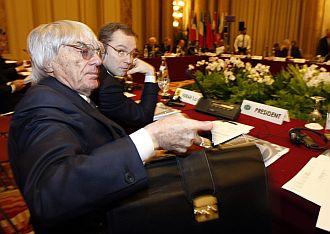 Ecclestone, durante una reunión con la FIA
