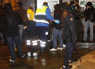 Incidentes entre aficionados del Sevilla y del Sporting.
