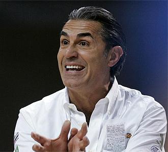 Sergio Scariolo durante un partido de la Selección.