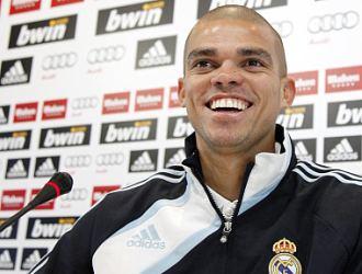 Pepe, durante una rueda de prensa en Valdebebas.