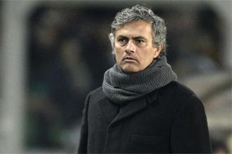 Mourinho, durante un partido ante la Juve.