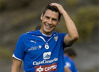 Pablo Sicilia ríe en un entrenamiento.