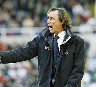 Miguel �ngel Portugal durante un partido.