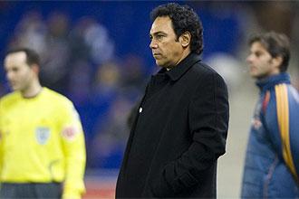 Hugo S�nchez, con semblante serio, durante el partido ante el Espanyol