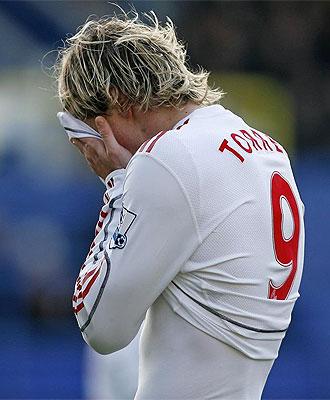 Fernando Torres y su Liverpool volvieron a perder en la jornada de Premier League