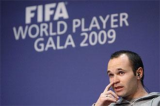 Iniesta, en la rueda de prensa del FIFA World Player