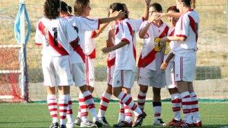Las jugadoras del Rayo celebran un gol en una imagen de archivo.