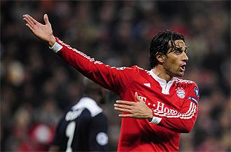 Luca toni, en un partido con el Bayern