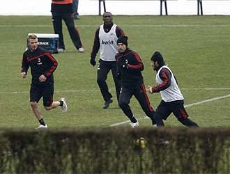 Beckham entrena con el Milan