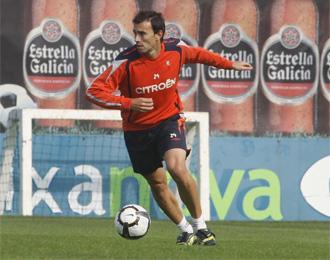 Catal�, durante un entrenamiento con el Celta.