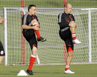 Ribery, junto a Robben en un entrenamiento del Bayern.