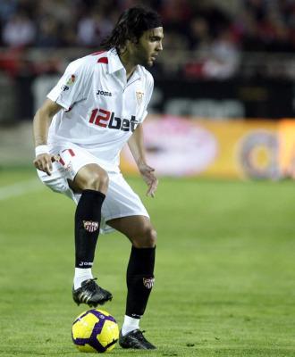 Sergio S�nchez, durante uno de sus �ltimos partidos con el Sevilla esta temporada.