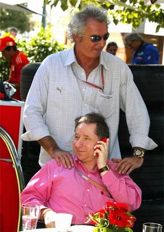 Briatore junto a Jean Todt. presidente de la FIA, en una im�gen de archivo