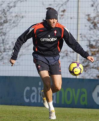 El jugador del Celta 'Michu', durante un entrenamiento con el club gallego
