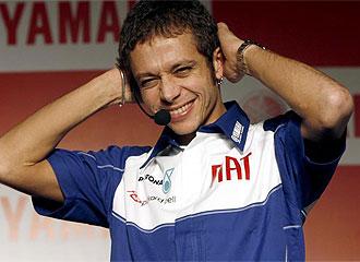 Rossi, durante un acto con Yamaha.