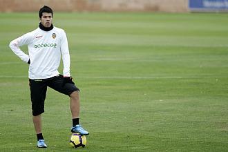 Miku, en uno de sus �ltimos entrenamientos con el Valencia