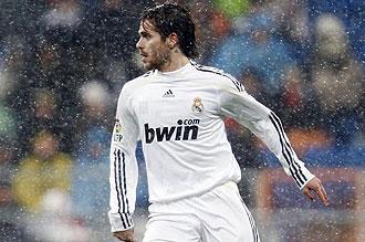 Fernando Gago jugando contra el Mallorca