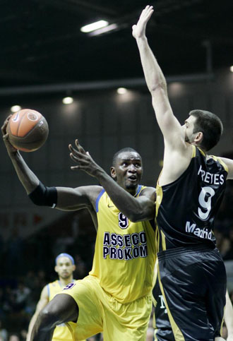 Pape Sow, contra el Real Madrid