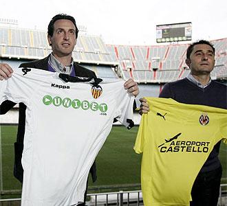 Emery y Valverde con las camisetas de sus respectivos equipos.