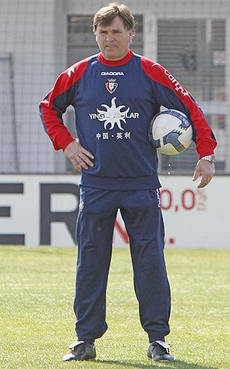 Camacho ha dado una especial relevancia a la visita del Espanyol, uno de sus ex equipos, a Pamplona