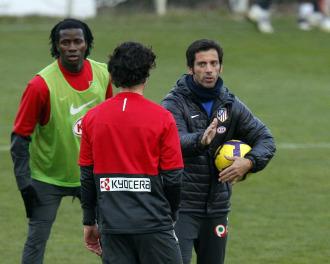 Quique Flores, en un entrenamiento del Atl�tico de Madrid
