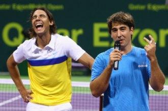 Marc L�pez junto a Rafa Nadal el a�o pasado tras ganar el torneo de Doha en dobles.