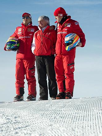 Felipe Massa, Bernie Ecclestone y Fernando Alonso, de izquierda a derecha, durante la concentraci�n de Ferrari en Madonna di Campiglio