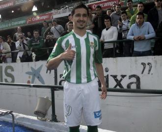 Jonathan Pereira, durante su presentaci�n como nuevo jugador verdiblanco.